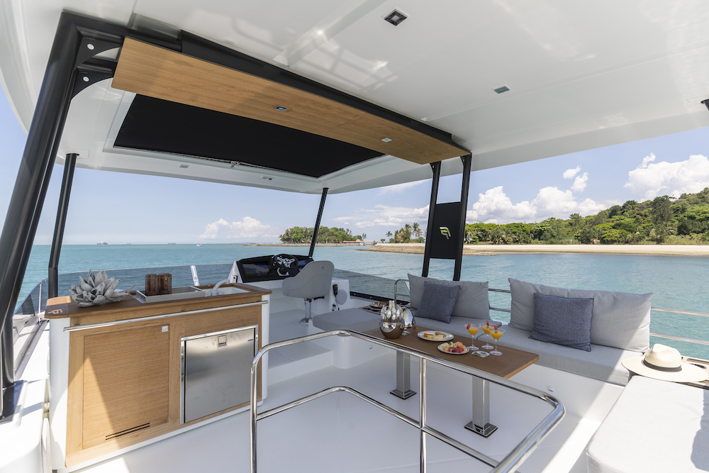 Fountaine Pajot MY40 flybridge