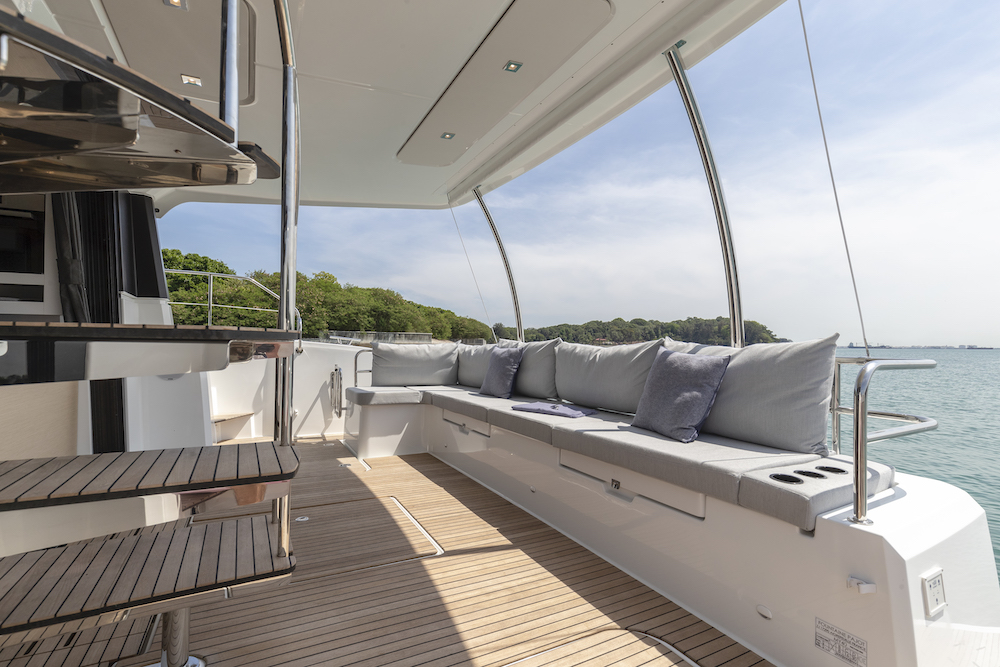 Fountaine Pajot MY40 deck