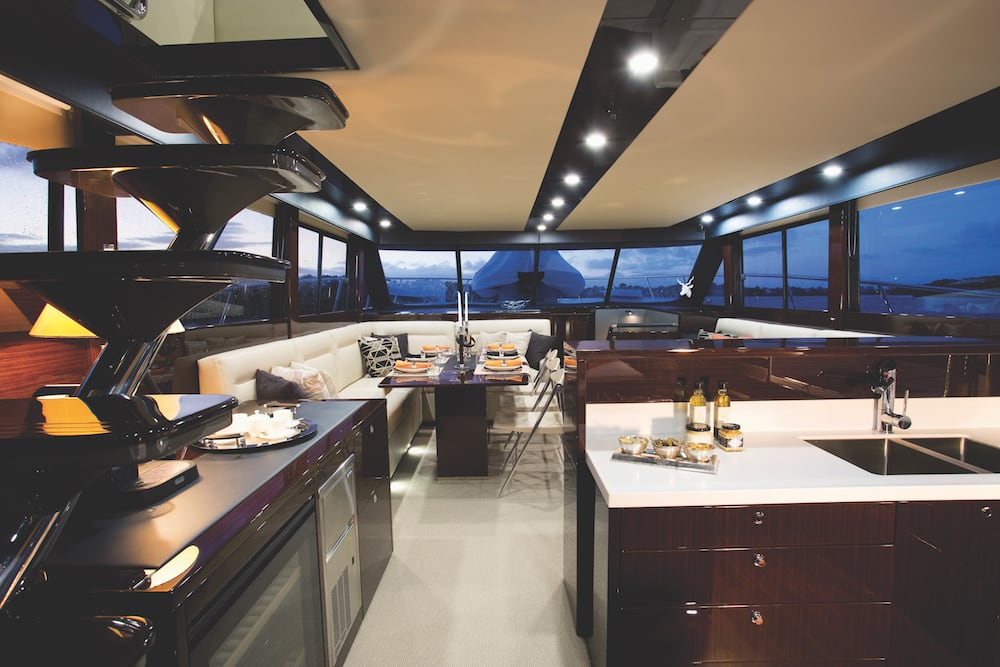 Maritimo M70 galley