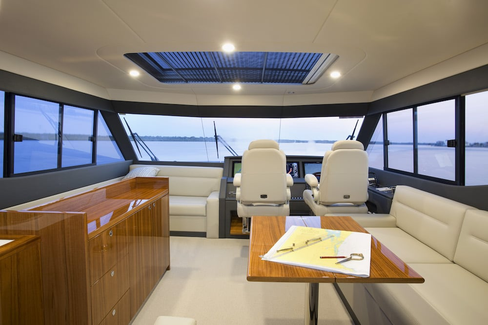 Maritimo_M59_Interior_Flybridge_79A3376