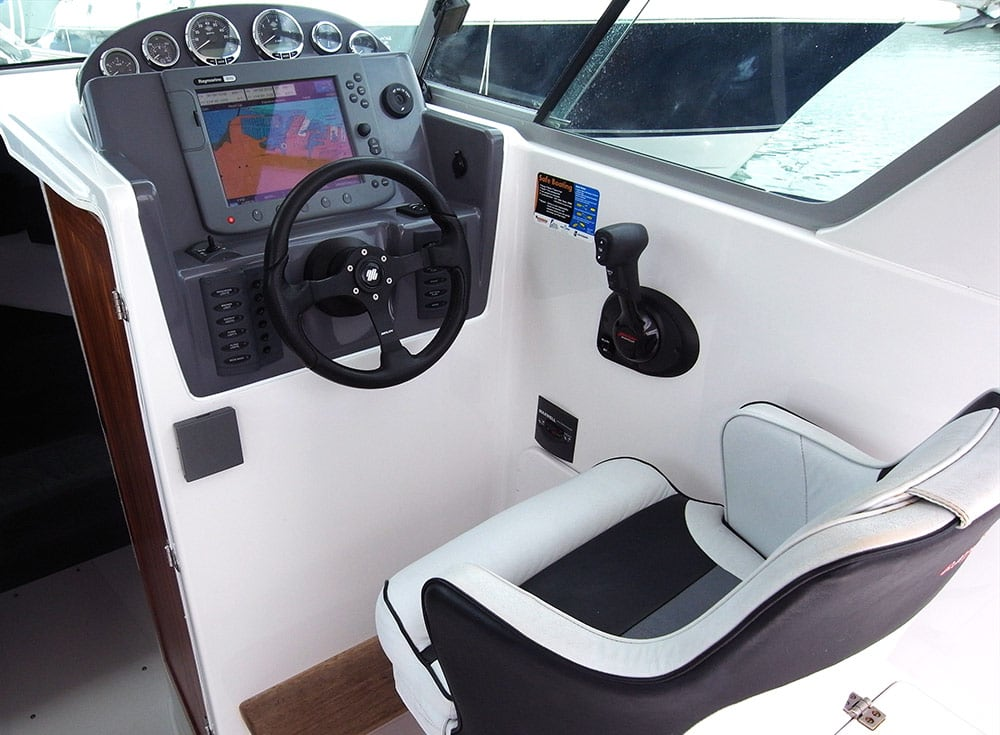 Rayglass 2500 console 2